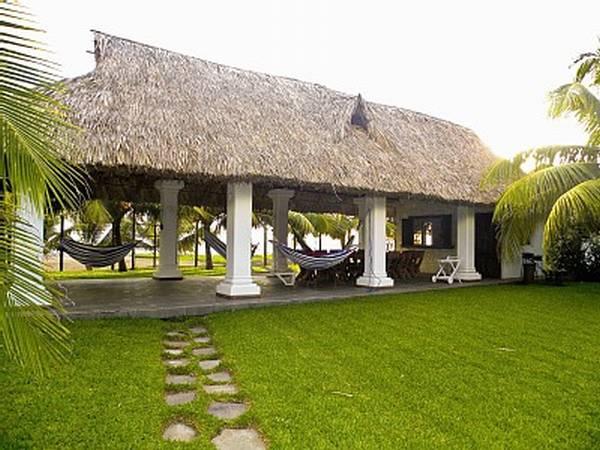 Sunshine renta de casas villas apartamentos y ranchos for Casas de diseno de famosos